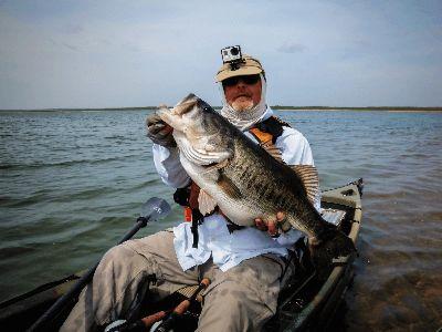 Big bass caught while kayak fishing